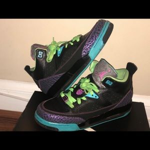 Jordan Son Of Mars Black/ Green Size: 6
